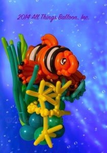 balloon artist - undersea centerpiece