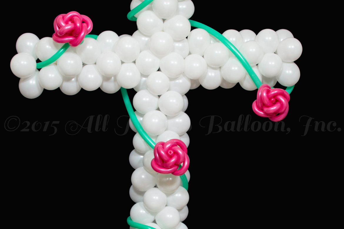 balloon decor - Cross with Roses