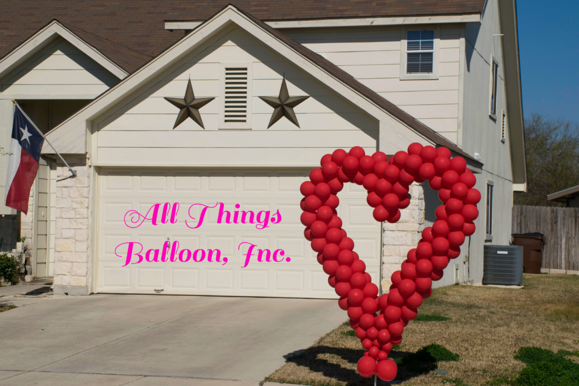 Balloon decor: balloon heart; Valentine's Day