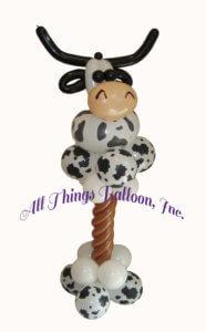 balloon decorator - balloon cow column