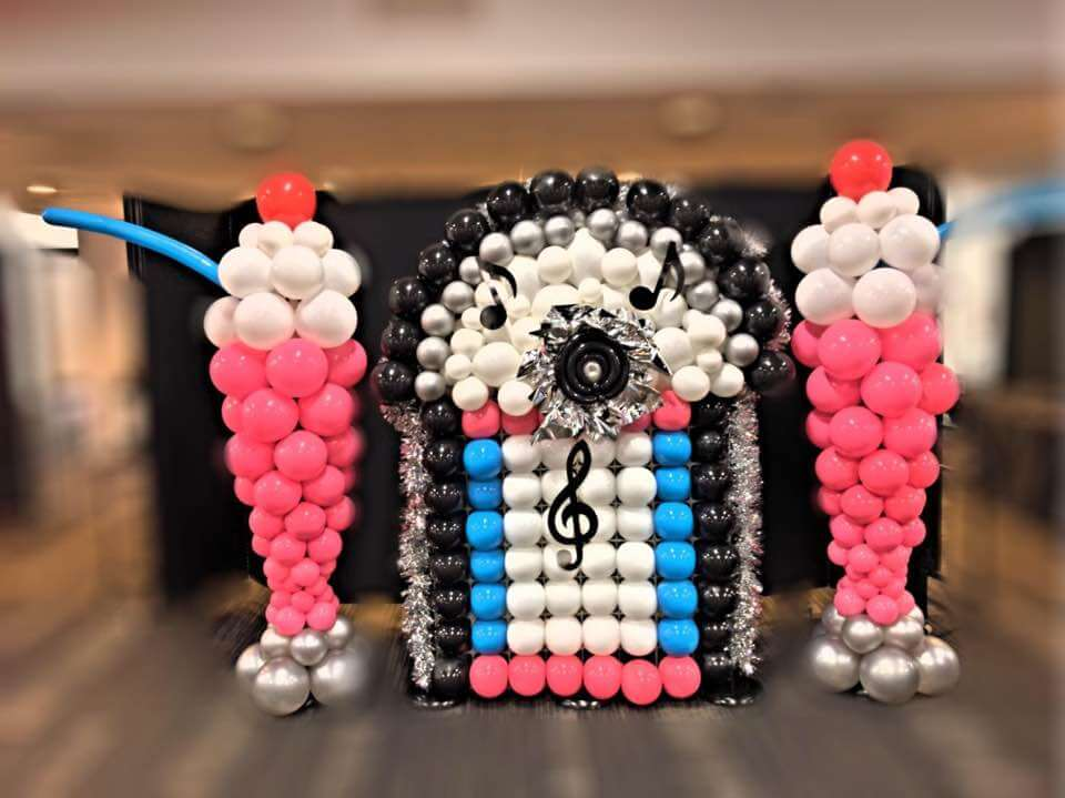 Balloon Decor - balloon JukeBox and pink balloon MilkShakes
